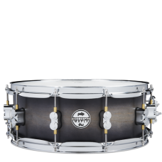 """PDP Concept Maple Snare 5.5"""" x 14"""" - Satin Charcoal Burst"""