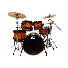 DW Drum Set Collector's Series Exotic Pure Maple 333 - 5-piece Shell Pack -Natural To Deep Red Burst Over Moabi Drum Set - Black Nickel Hardware ( HARDWARE AND CYMBALS NOT INCLUDED )